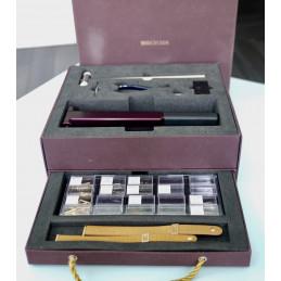 Boucheron straps : Cutting machine and rivet